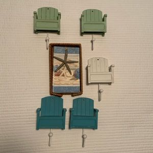 Beach chairs hooks & napkin holder beach theme lot